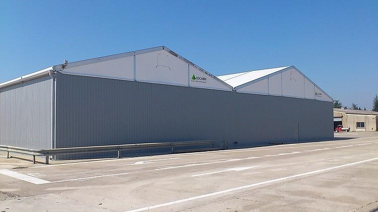 csm_entrepot-stockage-pignons-toiture-toile_765de35666.jpg
